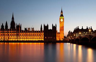 英国丽娜伯爵酒店管理集团网站制作案例